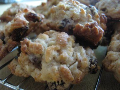 Granola Grabbers with Almonds and Raisins – Tuesdays with Dorie
