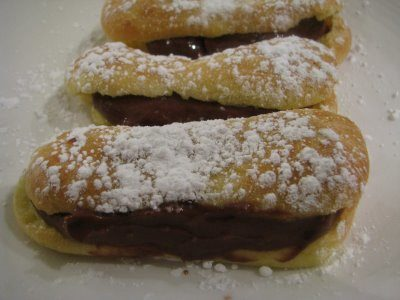 Chocolate Éclairs – Daring Bakers August Challenge