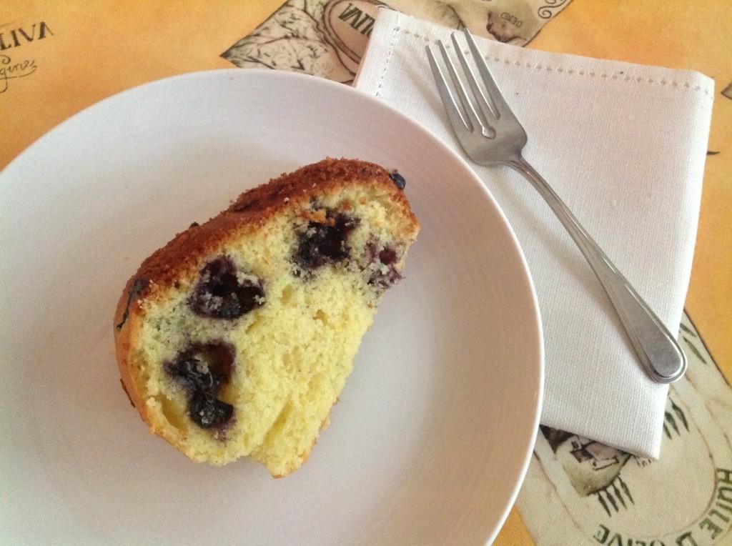 Wild-Blueberry-Bundt-Cake-slice.jpg