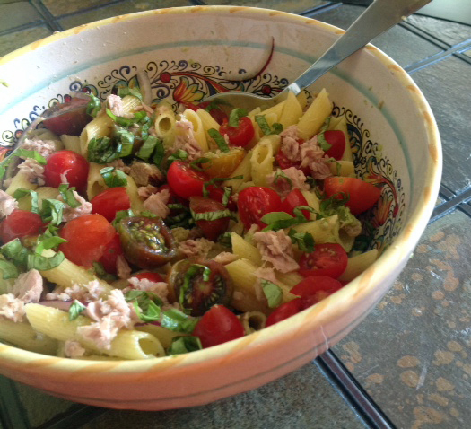 Quick and easy tuna pasta salad